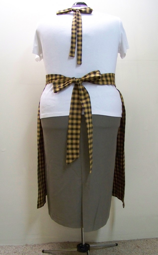 Plus Size Black Check Bib Apron with ties in back