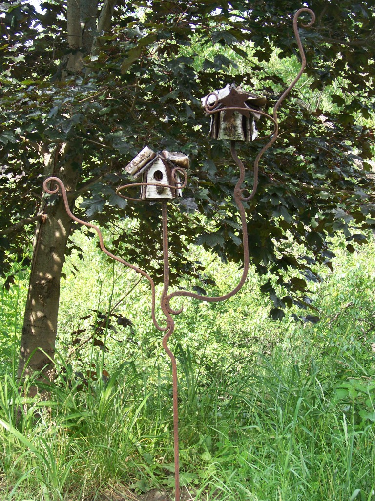 Art in the garden -birdhouse