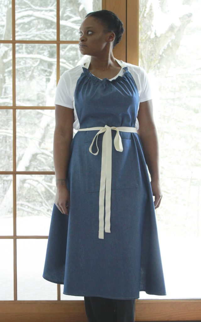The Vermont Apron Company's new long bib apron is designed to fall gently in folds at the hip. It brings an elegant silhouette to the look of your apron.