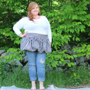 Plus Size Gathering Apron in Black and White Homespun